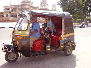 Jaipur Sightseeing by Auto Rickshaw
