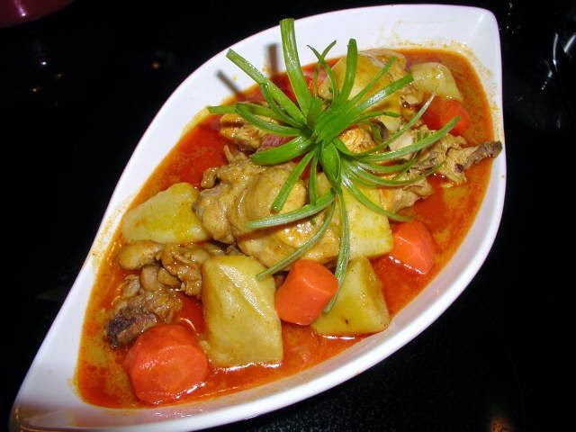 Chicken Curry - Cari Gà