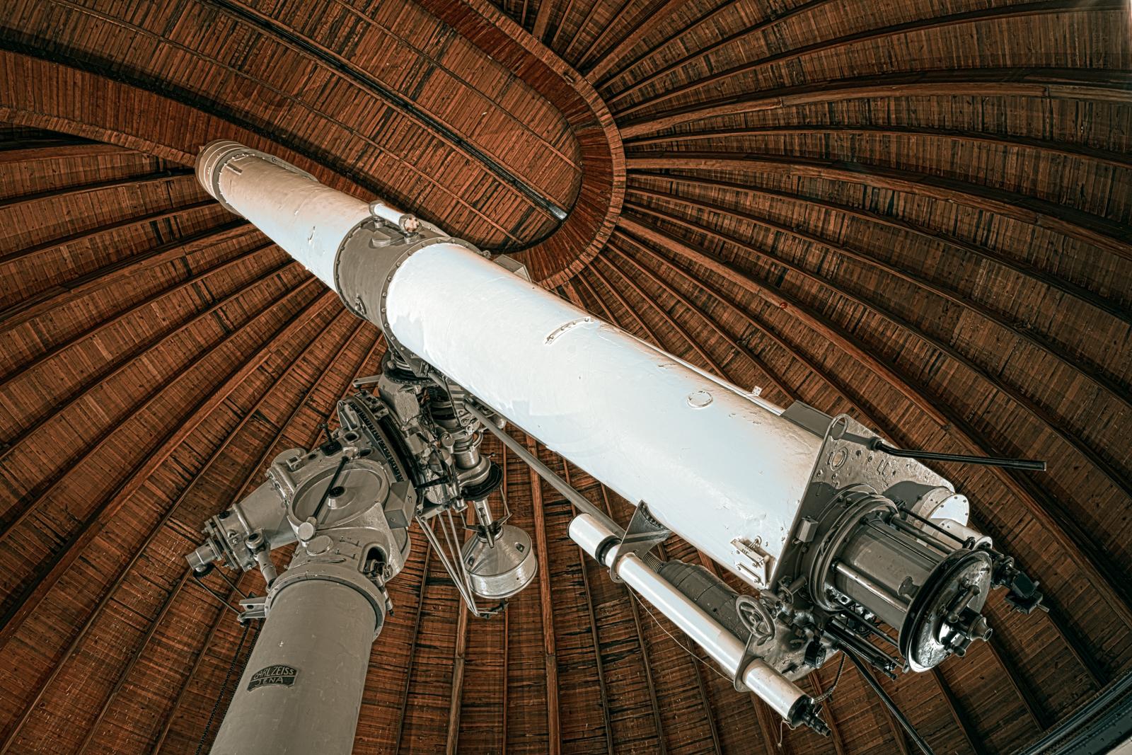 日本最大の屈折望遠鏡