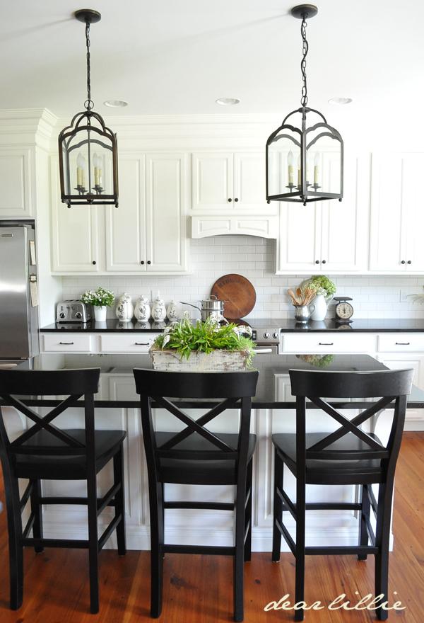 dear lillie a little peek at my parent 39 s kitchen. Black Bedroom Furniture Sets. Home Design Ideas