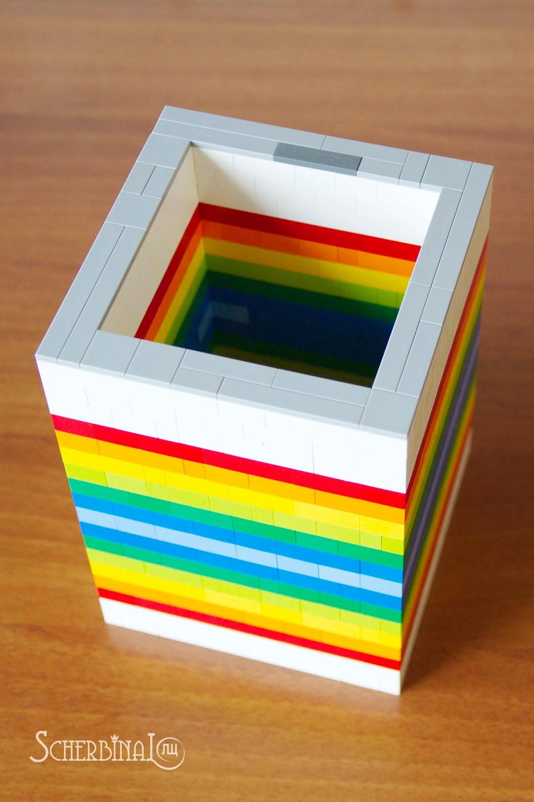 ваза из конструктора Лего