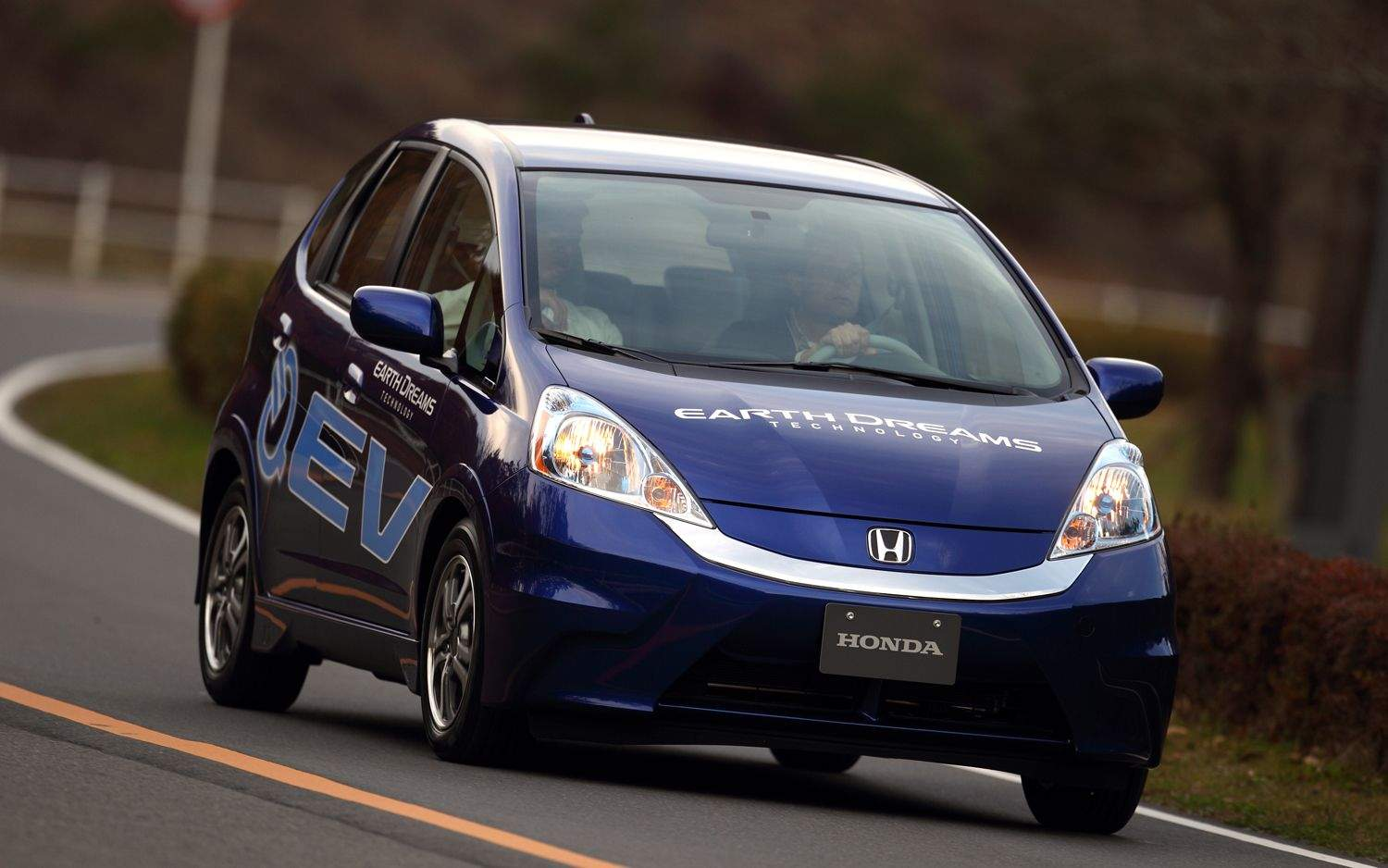 2013 honda fit ev review price the list of cars. Black Bedroom Furniture Sets. Home Design Ideas