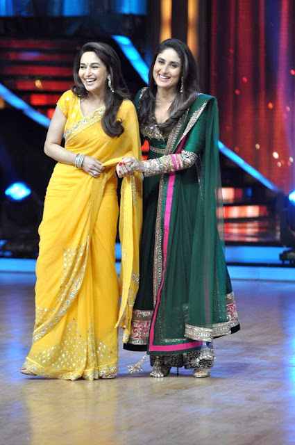 Madhuri & Kareena on the sets of Jhalak Dikhhla Jaa' for  'Heroine' promotion