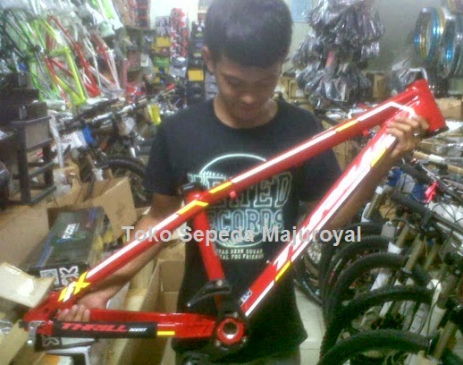 Frame Thrill Agent 4X 2014 RED