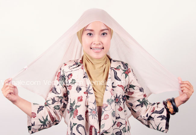 Cara Memakai Jilbab Segi Empat Modis Super Cepat | Cara Memakai Jilbab ...