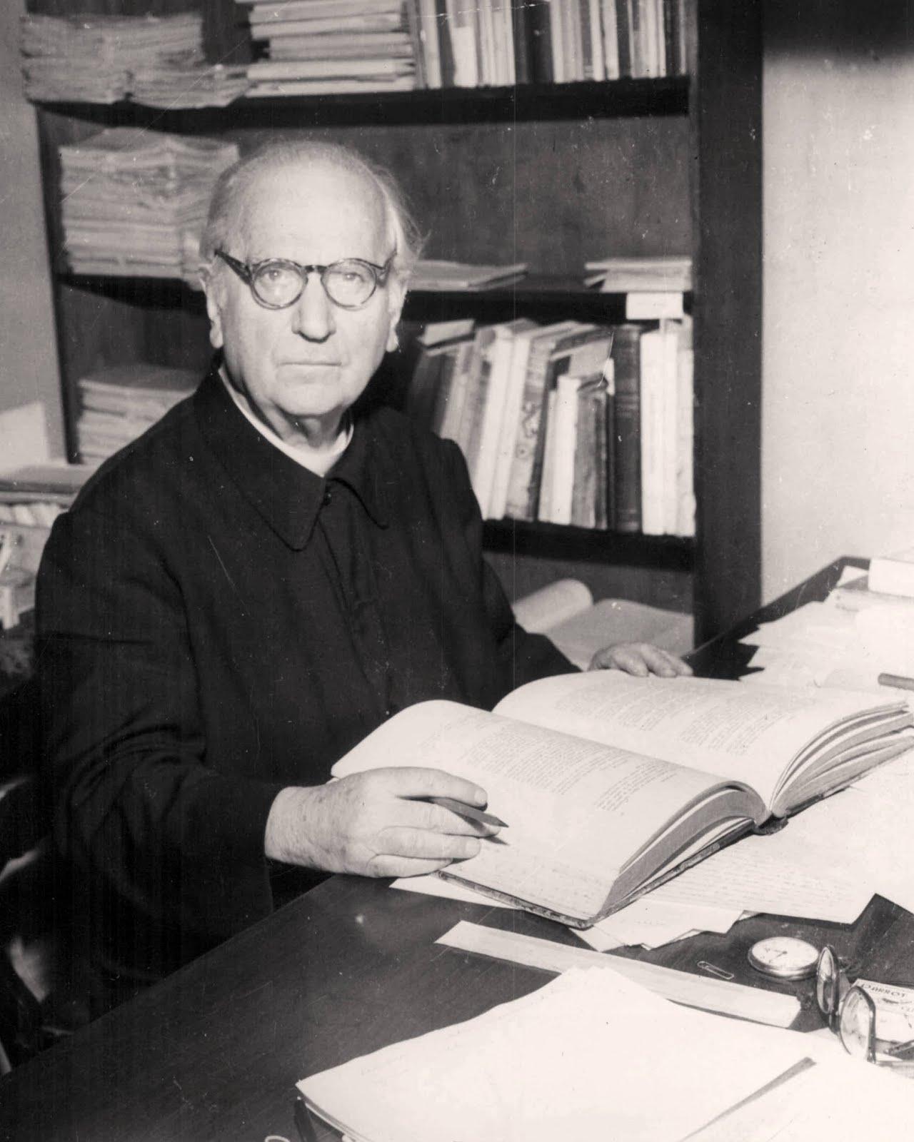 Guillermo Furlong (1889-1974)