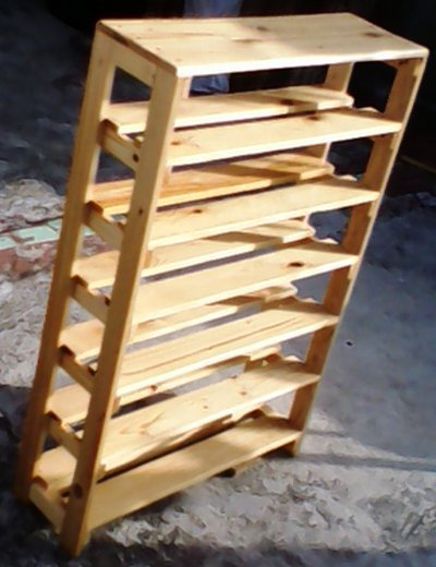 Carpinteria artesanal el madero detalles de los ultimos for Zapateras de madera sencillas