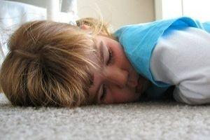 Dormir pouco aumenta o apetite e a obesidade, aponta revisão de estudos