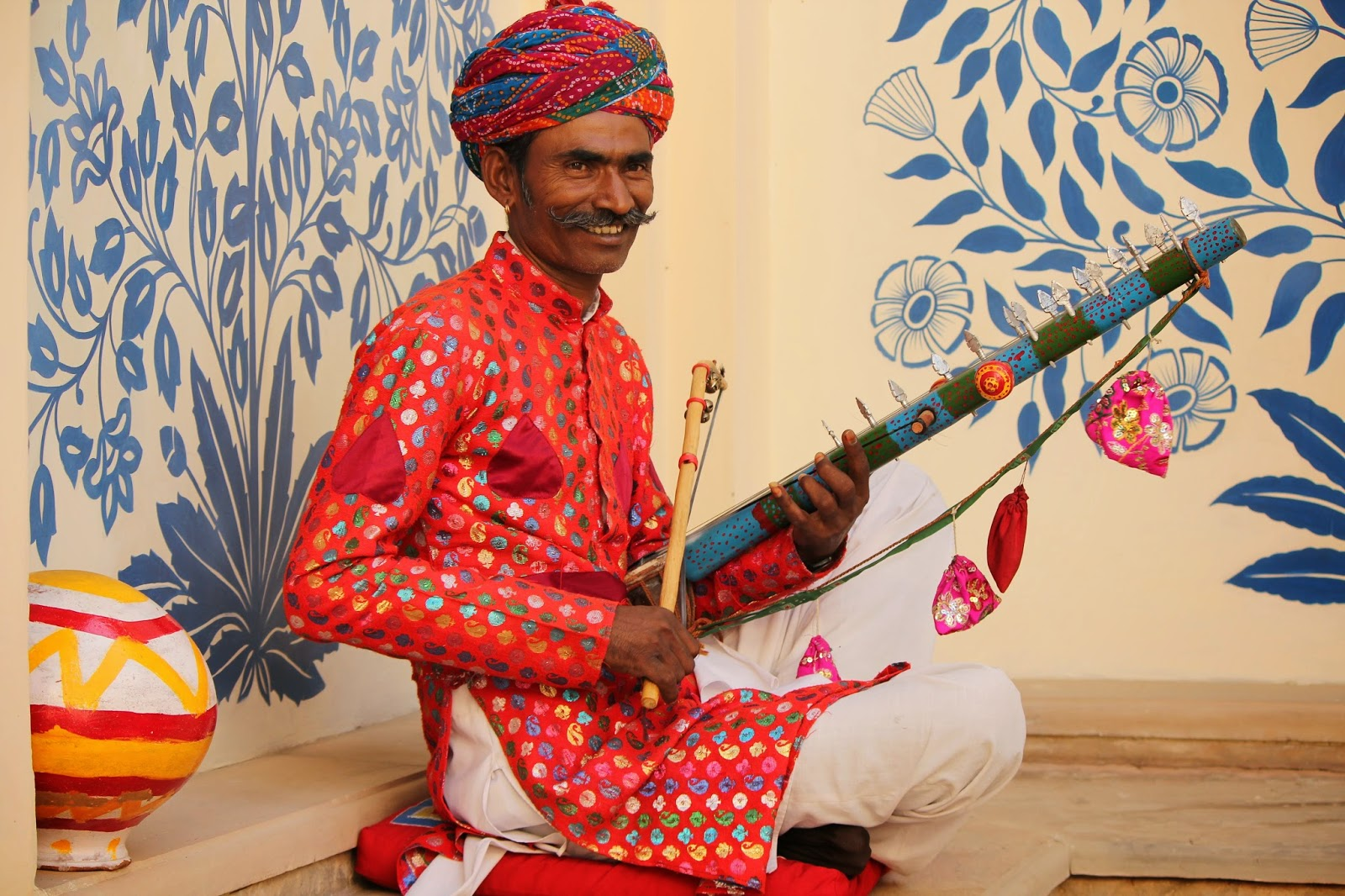 Rajasthani folk music at Oberoi Vanyavilas