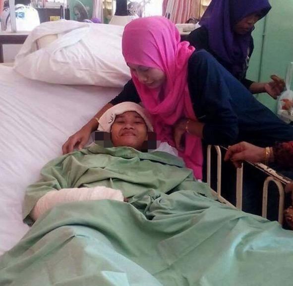 Pengantin perempuan ini tersenyum selepas 2 minggu tidak sedarkan diri tetapi dia tidak tahu lagi dia telah kehilangan suami, ibu dan adiknya