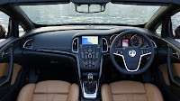 Vauxhall Cascada Convertible dash