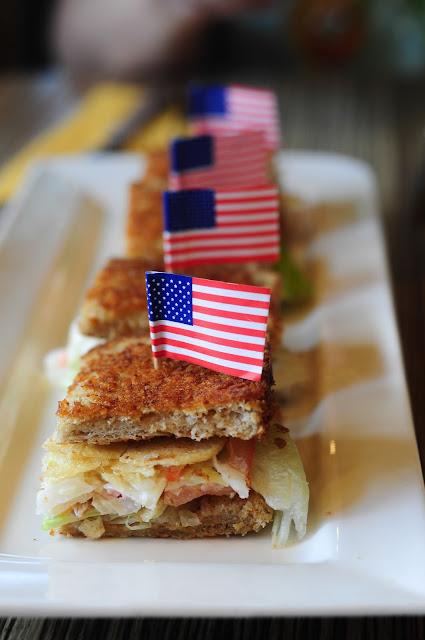 earle swensens Chip & Slaw Sandwich