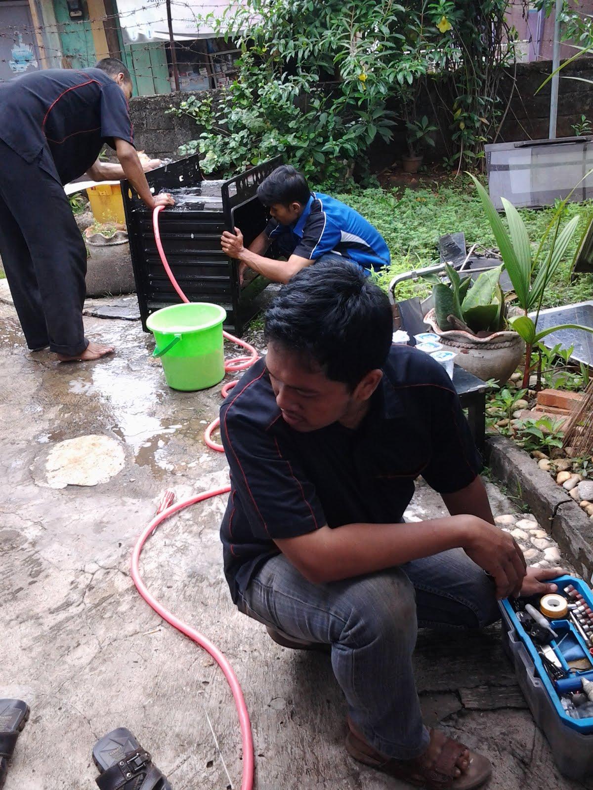 SPESIALIS servis / service kompor gas : D K I  JAKARTA