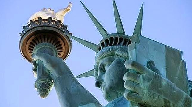 http://4.bp.blogspot.com/-ZlXyLndA4ZY/U4gYJyvB6hI/AAAAAAAAA04/xyYBNHis9O0/s1600/estatua-de-la-libertad--644x362.jpg