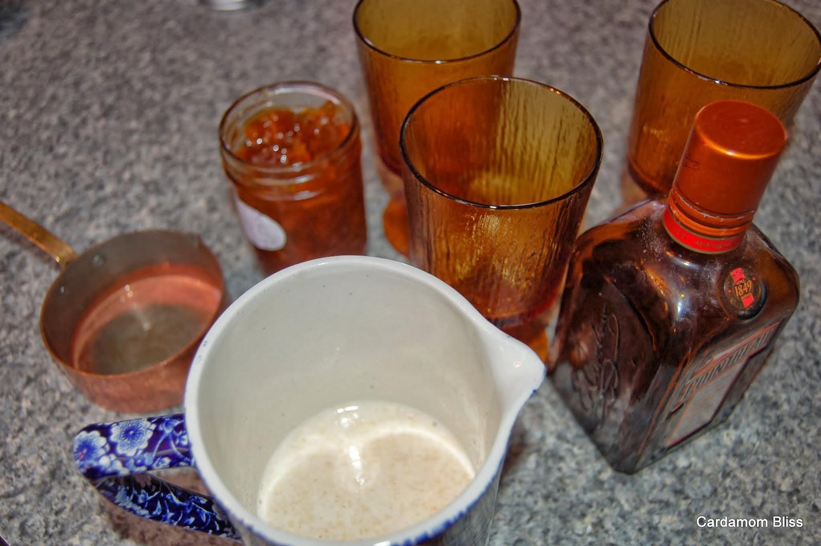 Creamy milk, Seville marmalade, Cointreau, how delicious!
