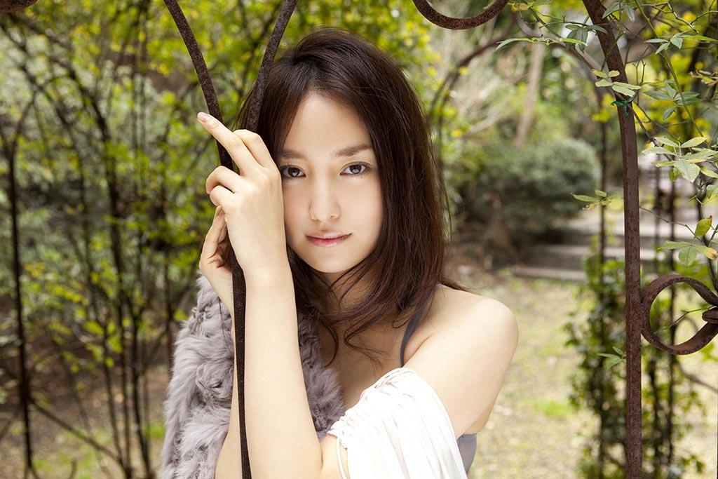 natsuko nagaike sexy bikini photos 10