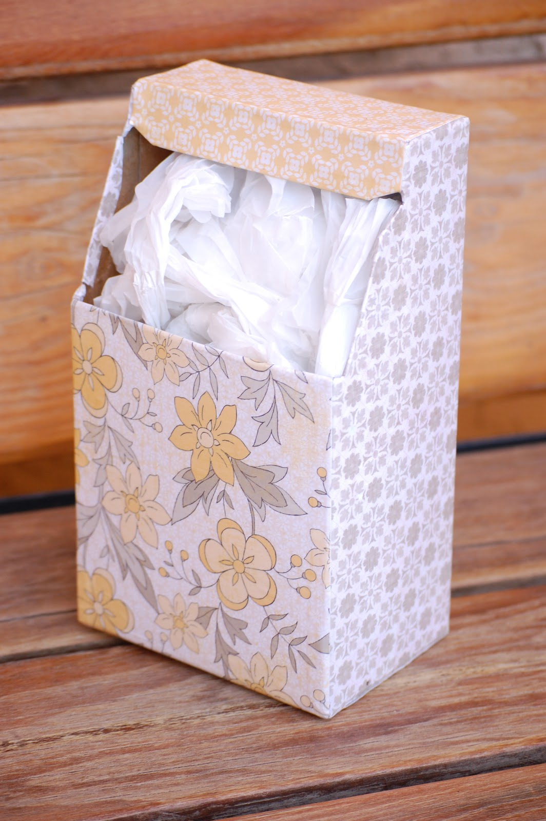 Babblings grocery bag holder