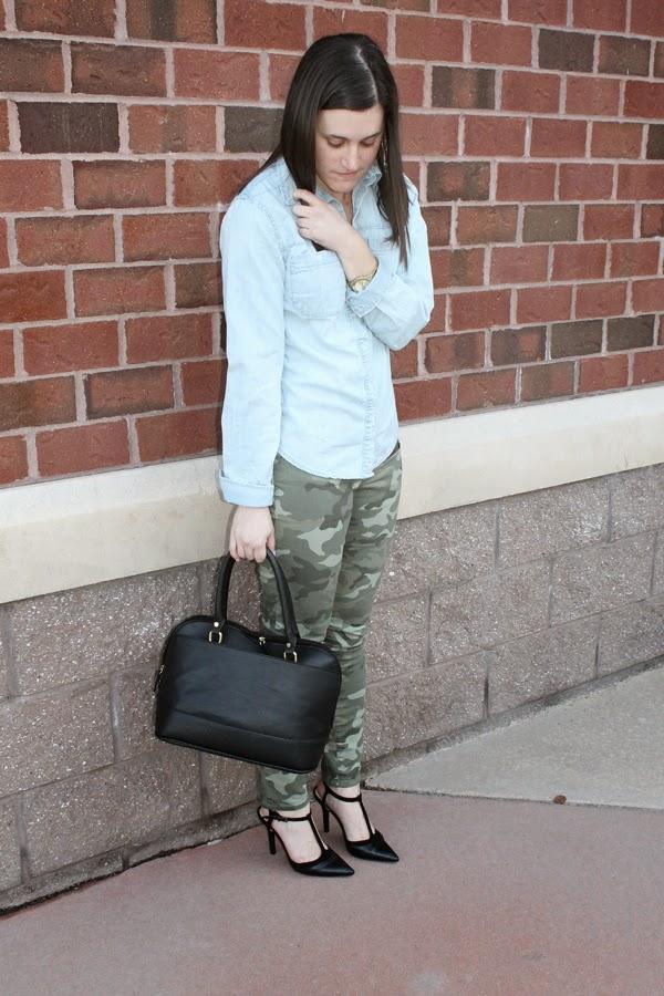 Chambray, chambray shirt, Target chambray shirt, Camo, Gap, Gap camo skinnies, Target bag, BCBGeneration, BCBGeneration heels, TJ Maxx heels, black heels, black t-strap heels, gold jewelry