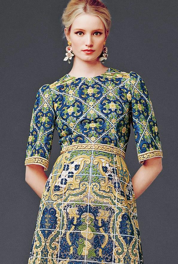 dolce and gabbana dress modest printed maxi dress with sleeves colorful stylish beautiful fashion Mode-sty tznius jewish mormon lds muslim islamic hijab