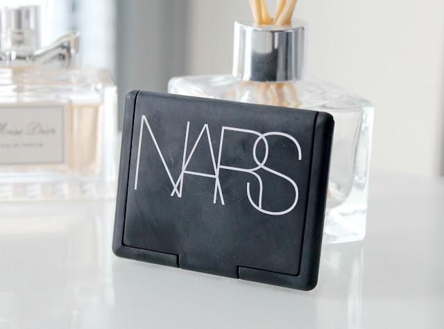 NARS Gina Blush Review, NARS Gina Blush Review and Swatches, UK Beauty Blog, Beauty Blog Review, Makeup Reviews, NARS Blusher, NARS Peach Blush
