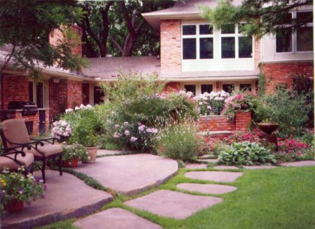 Food and homelife for Home front garden ideas