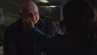 Cena do 11º episódio da segunda temporada (À deriva) da série inglesa Torchwood