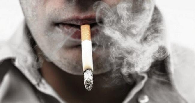 Έλληνας ούγκανος πλήρωσε... χρυσό το τσιγάρο που πέταξε στον δρόμο στο Λονδίνο!