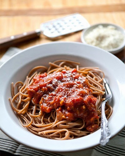 Spicy Slow Cooker Pasta Sauce