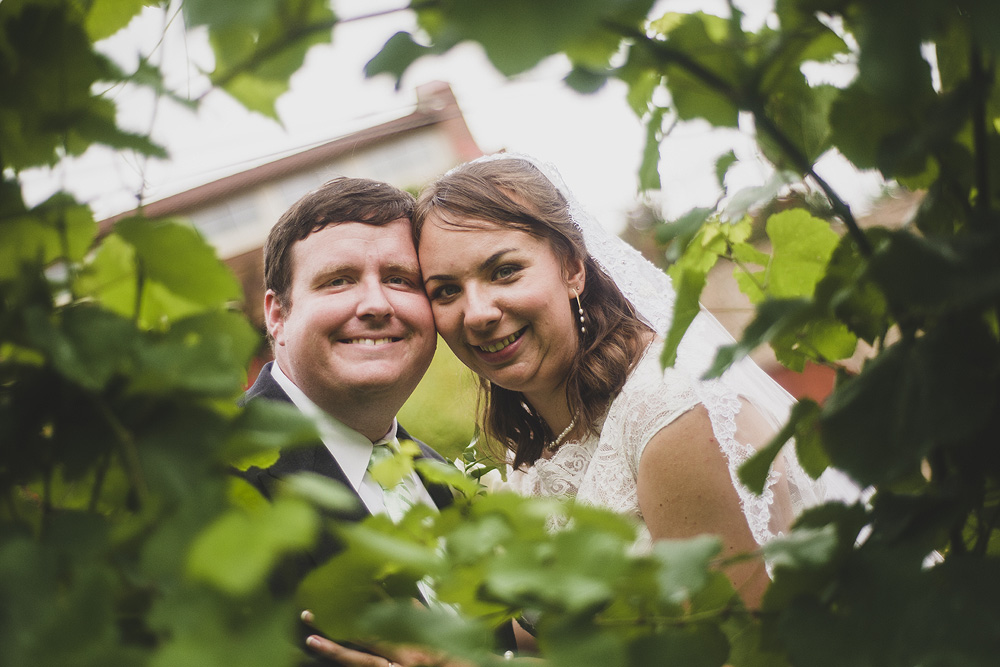 wedding photography at potomac point winery in stafford
