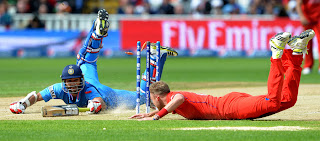 Stuart-Broad-attempts-to-run-Shikhar-Dhawan-out-India-vs-England-Champions-Trophy-2013