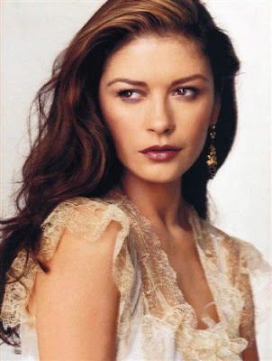 Catherine Zeta Jones hot pics