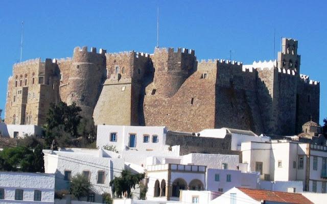 ellada-greece-Πάτμος- the monastery where John wrote the Apocalypse