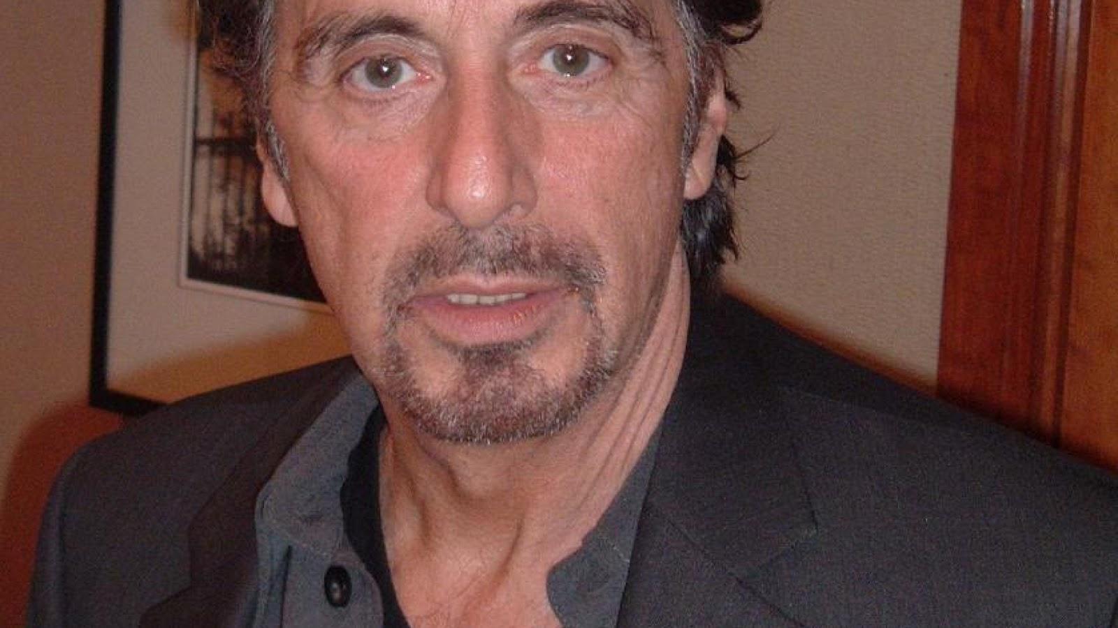 http://4.bp.blogspot.com/-Zn0Zc5Ol8_I/UM8AqVVrPGI/AAAAAAAAJZk/ShLVfSVX5eM/s1600/Al+Pacino-Wallpaper-5.jpg