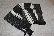 Poncho de lana niño.