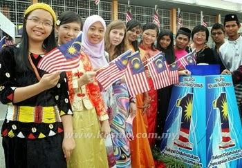 Jumlah penduduk Malaysia cecah 30 juta orang, statistik penduduk malaysia
