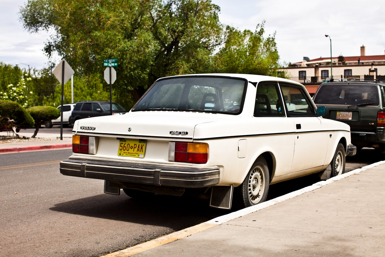 THE STREET PEEP: 1980 Volvo 242 GT