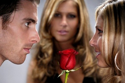 Cara mengatasi cemburu terhadap pasangan