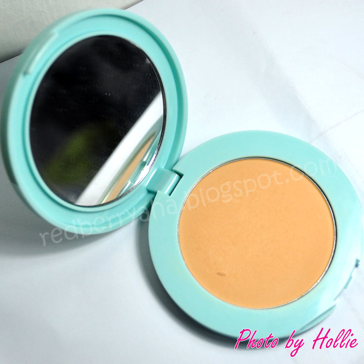 Random Beauty by Hollie: REVIEW: Maybelline Clear Smooth Shine ...
