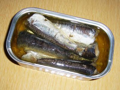 (株)トマトコーポレーションの缶詰・  ペルー産オイルサーディン(いわし油漬け)