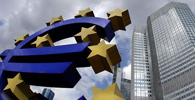 http://4.bp.blogspot.com/-Znzx1hyZKcQ/Twij9zLShdI/AAAAAAAANT4/Z7aYZH4-ILo/s1600/Las+verdaderas+intenciones+del+Banco+Central+Europeo+y+las+%25C3%25A9lites+financieras1.jpg