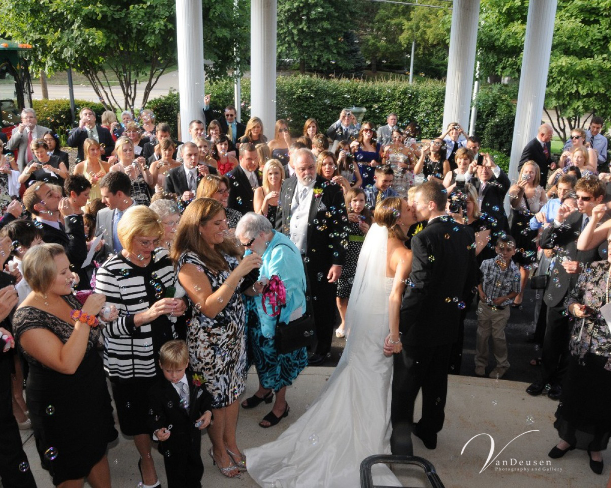 simple elegance real weddings emily chad
