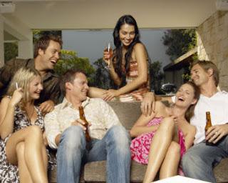 5 Jenis Teman Yang Wajib Anda Singkirkan Kehidupan Anda