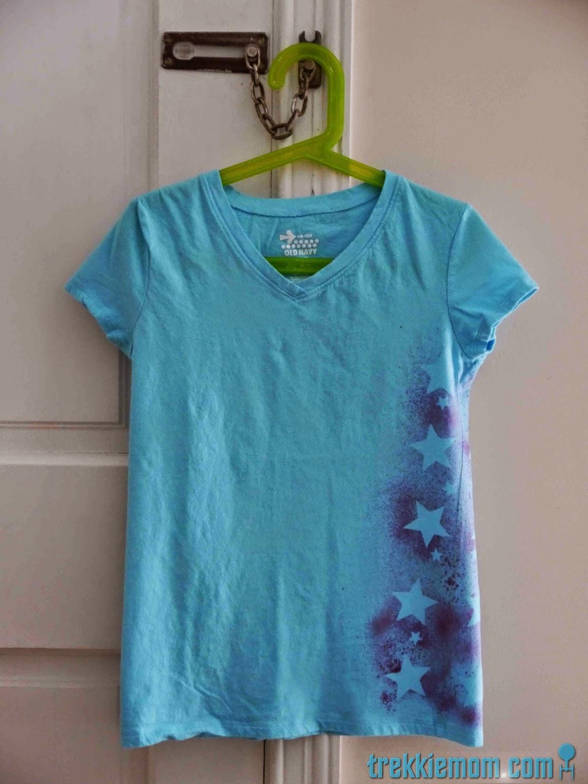 Shirt design with fabric paint - Trekkie Mom Easy Fabric Paint T Shirt