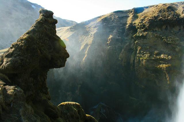skogarfoss-waterfall