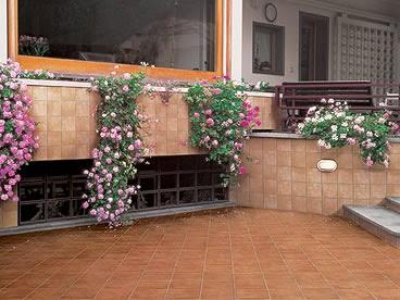 Terra antiqva ambientes exteriores azulejos zaragoza gres y ceramica cocinas ba os - Azulejos para terraza ...