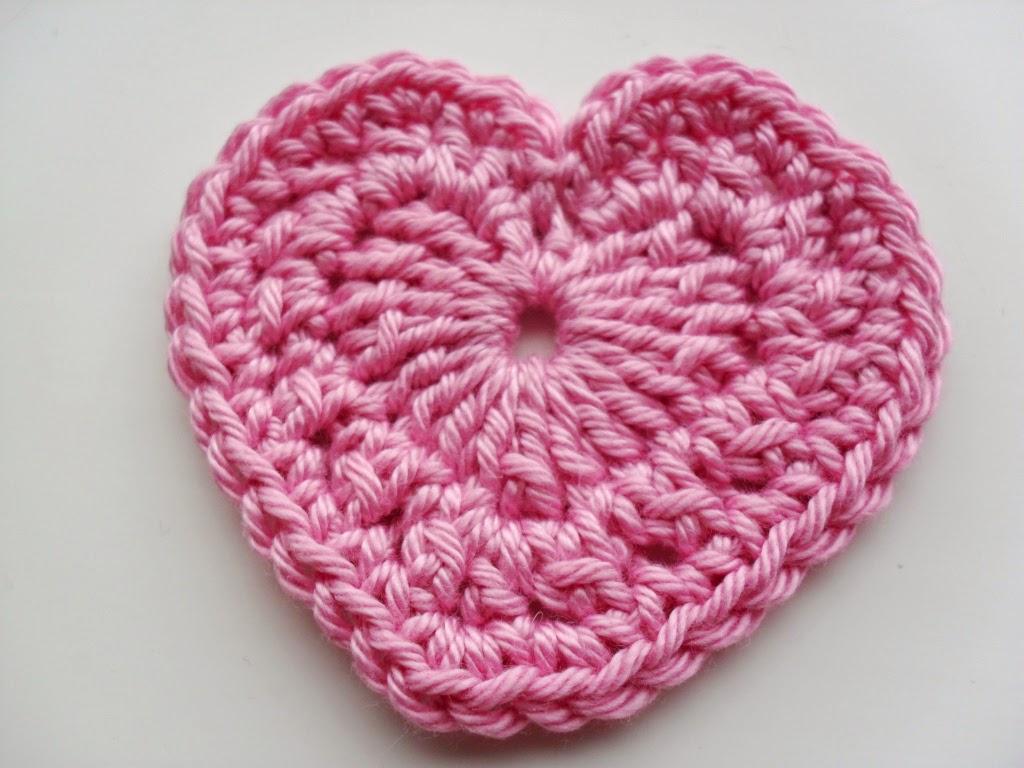 CraigLoves2Crochet: A Trio Of Perfect Little Love Hearts
