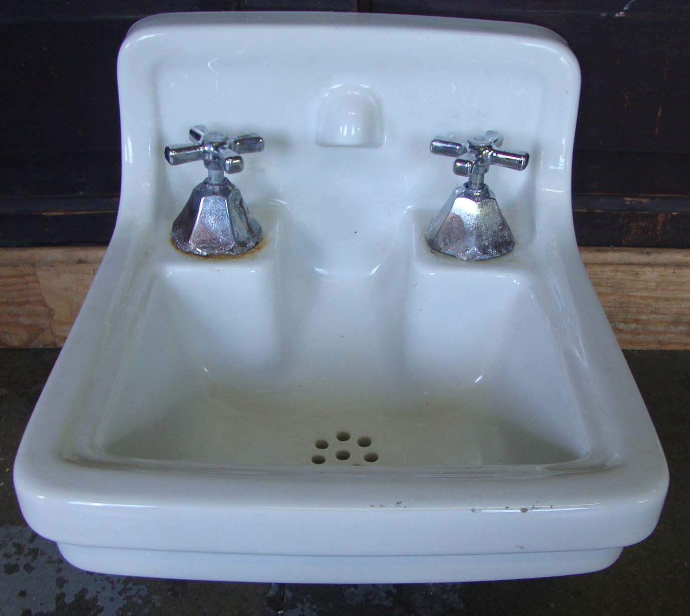 Fine Salvaged Sinks Ideas - Bathtub Ideas - dilata.info