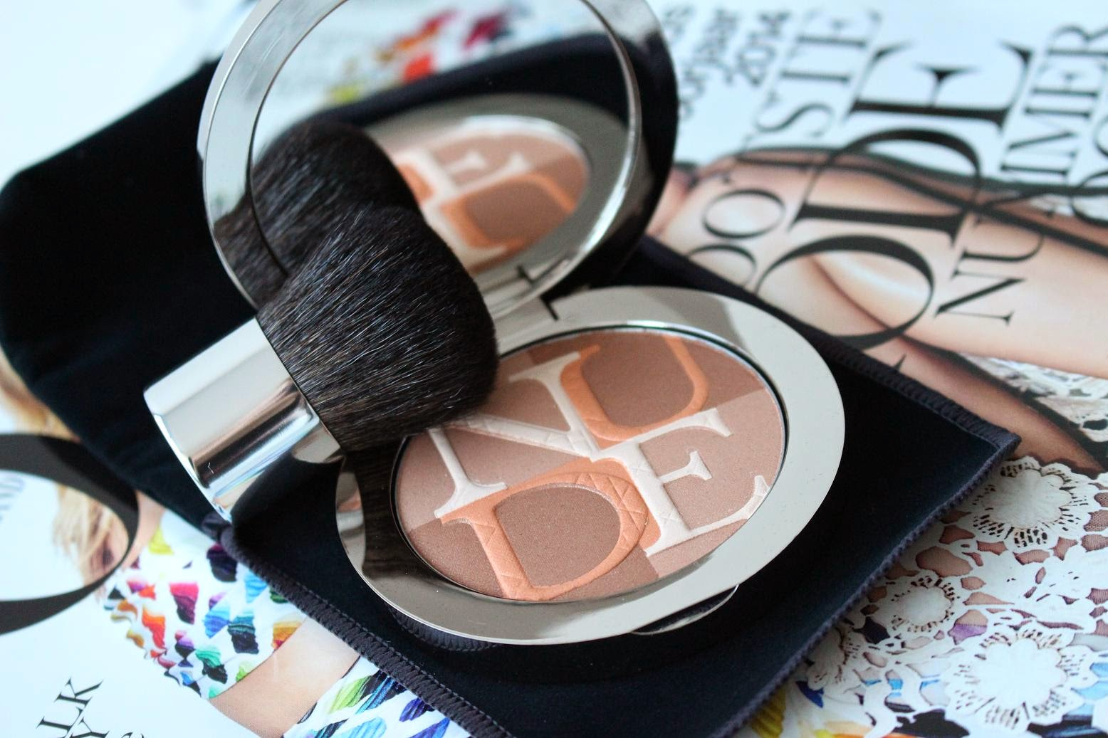 Diorskin Nude Shimmer Instant Illuminating Powder 002 Amber