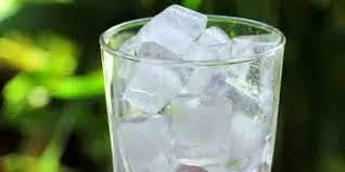manfaat es batu bagi wajah