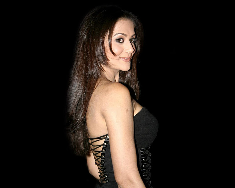 Hindi hot actress Amrita Arora photos, Amrita Arora new bikini picture, Bollywood actress Amrita Arora latest sexy gallery, Amrita Arora new photo gallery